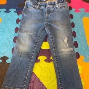 Baby Gap Distressed Skinny Fit Jeans (2yrs)